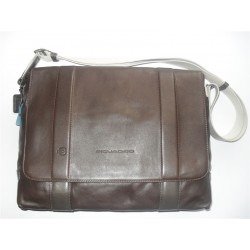 PIQUADRO CARTELLA MESSENGER VESPUCCI CON PATTA MARRONE CA2811IT4/TO
